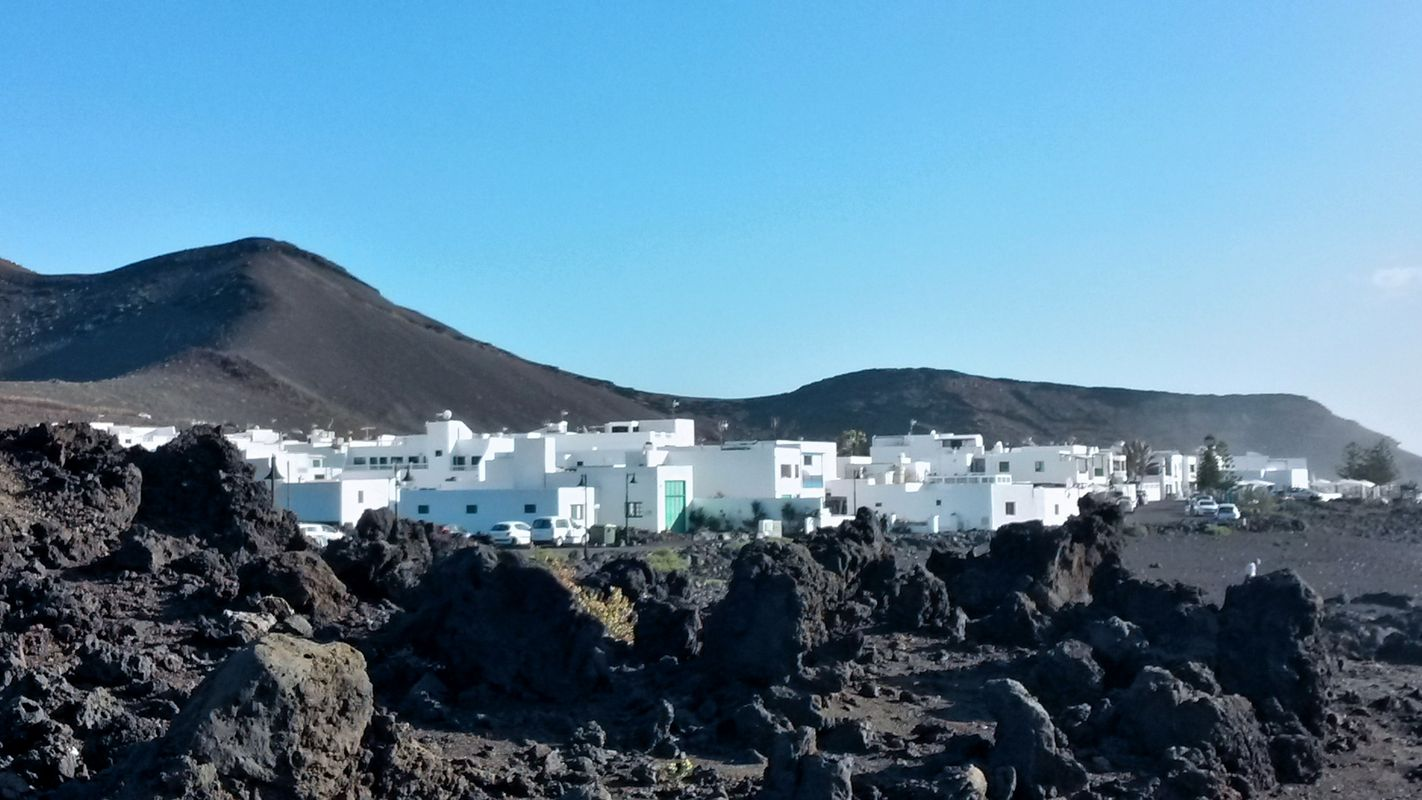 lanzarote graciosa emotional tours adventure travel trip francesco carocci